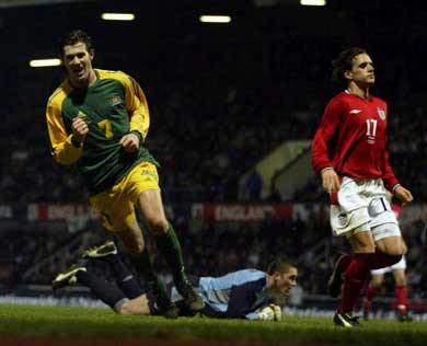 England 1 - Australia 3 - 2003 Friendly - Preview and Review - Brett Emerton scores